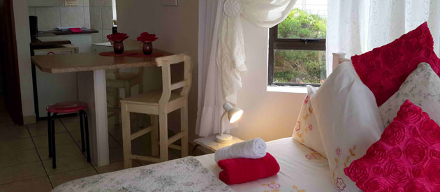 KAY CERA Guesthouse & Self Catering